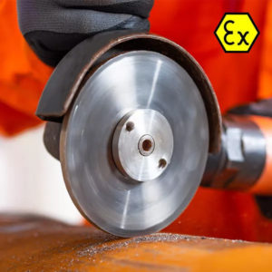 A-0073 Cutting guard with disc and tool